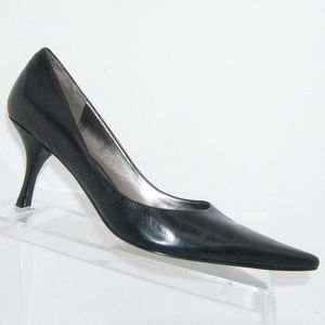 Nine West 'Nuncio' black leather pointed heels 7M